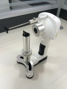 Portable Digital Slit Lamp / China First Digital Slit Lamp pictures & photos