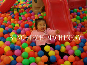 Plastic Ball Blow Molding Machine pictures & photos