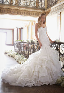2016 Ruffle Organza Train Bridal Wedding Dresses 2879 pictures & photos