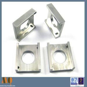 Aluminium Parts CNC Machining (MQ500) pictures & photos