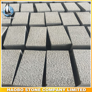 Gray Granite Paving Stone Bush Hammered Kerb Stone pictures & photos