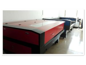Laser Cutting Machine for Textile Industry with a Superb Workmanship pictures & photos