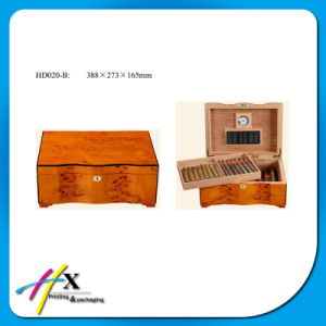 Piano Finish Cigar Humidor Wooden Packaging Gift Box pictures & photos