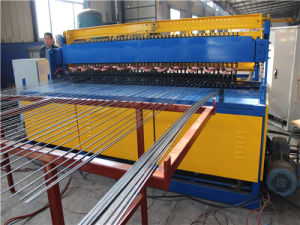 Welding Automatic Make Fence Mesh Panel Machine pictures & photos
