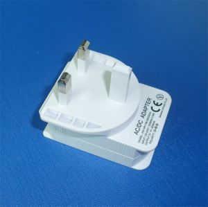 White Color 5V 2.1A UK USB Charger for Mobile Phone pictures & photos