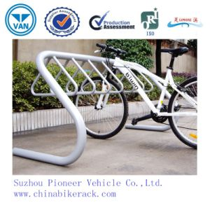 2015 Zinc-Spraying Powder Coated Bike Rack pictures & photos
