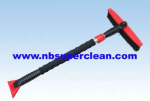 2-in-1 Telescopic Snow Brush with Ice Scraper, Car Ice Scraper (CN2297) pictures & photos