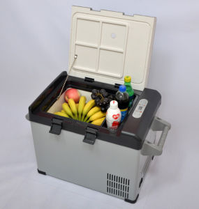 Portable Car Compressor Refrigerator 32liter DC12/24V with AC Adaptor (100-240V) for Outdoor Activity Use pictures & photos