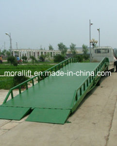 Mobile Forklift Loading Ramp for Packing Workshop pictures & photos