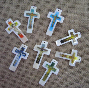 Big Shell Pearl Cross Pendant, Mother of Pearl Cross pictures & photos