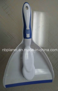 2 in 1 Plastic Dustpan Cleaning Brush Set pictures & photos
