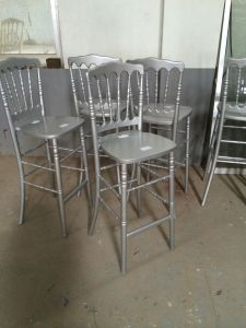 China Wood Chiavari Napoleon Barstool pictures & photos