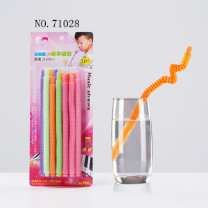 Whistle Colorful Fashion Straw pictures & photos