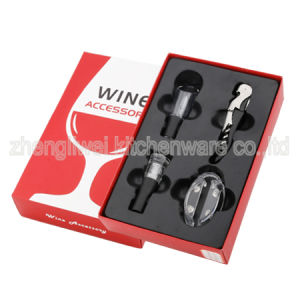 Wine Gift Set with Wine Accessories (608338) pictures & photos