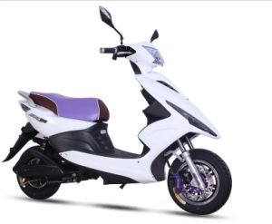 Chinese Hot Sale Electric Scooter 60V 800W for Sale pictures & photos