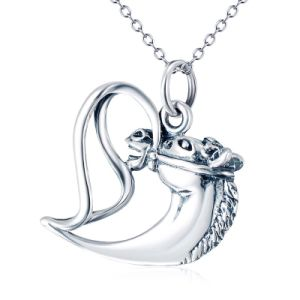 "Genuine 925 Sterling Silver Necklace Antique Silver Horse Pendant Necklace for Women Fine Jewelry with 18"" O Chain pictures & photos"