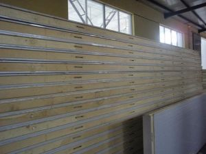 Polyurethane Sandwich Panel with CE Approval pictures & photos