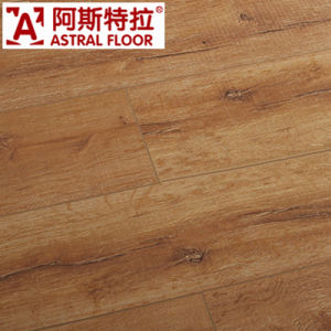 Competitive Price with High Quality HDF Wood Laminate Flooring pictures & photos