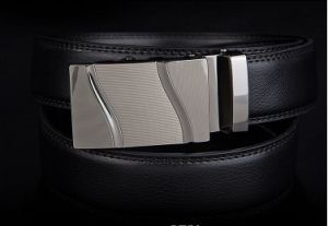 Fashion Belt/ Cow Leather Belt/ Men′s Belt/ Genuine Leather Belt/ Waist Belt (WZDM02)