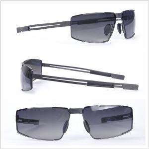 Men Sunglass/ Titanium Frame/ Full Rim Sun Glasses pictures & photos