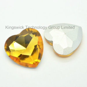 Topaz Heart Shape Point Back Crystal Stone pictures & photos