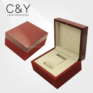 Wholesale Red Color Lacquered Wooden Single Wrist Watch Gift Box pictures & photos