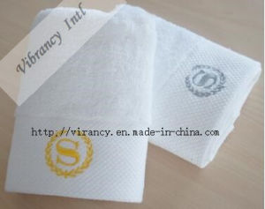 Customized Hotel White Bath Towel Hotel Supply pictures & photos