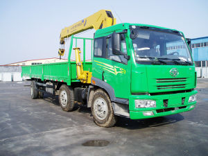 FAW 12 Tons Truck mounted crane pictures & photos