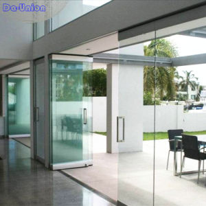 Operable Glass Partition Walls for Upscale Reataurant