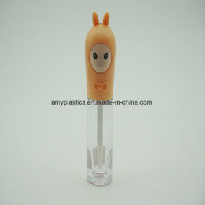 New Style Round Shape Plastic Lipstick Gloss Bottle for Wholesale pictures & photos