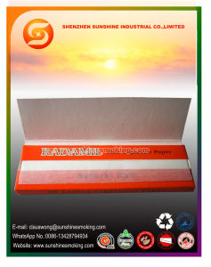 OEM Brand Natural Arabic Gum 1 1/4 Size Cigarette Rolling Paper pictures & photos
