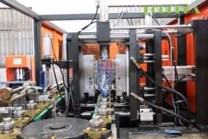 Automatic Bottle Blowing Machine / Blow Molding Machinery pictures & photos