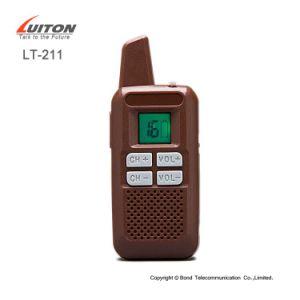 16 Channels Mini Kid Walkie Talkie Portable UHF Radios Lt-211 pictures & photos