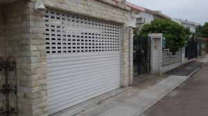 Residential Garage Door/ Shop Front Door pictures & photos