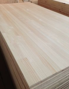 Monterey Pine Finger Joint Board for Furniture pictures & photos