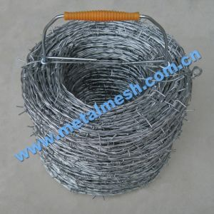 Galvanized Barbed Wire (0.4mm -4.5mm) pictures & photos