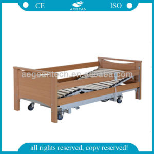 AG-By105 Luxurious Electric Wooden Hospital Bed pictures & photos