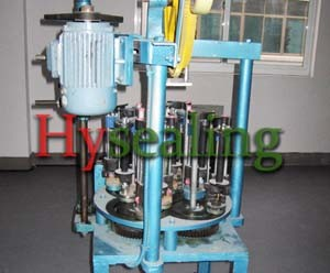8-Carrier Square Packing Braider Machine with 2 Orbits pictures & photos