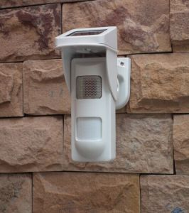 Outdoor Independent Voice Alarm Motion Detectors with Solar Power pictures & photos
