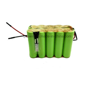 Top Quality AA 1800mAh 12V Rechargeable NiMH Battery Pack pictures & photos