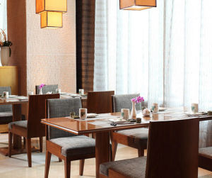 Wooden Dining Chair Table for Restaurant pictures & photos