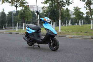 125t-23c Gasoline Scooter with 125cc Air Cooled Engine pictures & photos