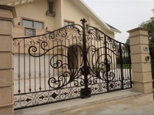 Fine Artistic Design Wrought Iron Gate pictures & photos