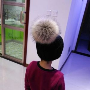 Beanie Hat with Fur POM pictures & photos