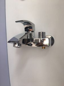 Sanitary Faucet New Model Shower Faucet Jv74702 pictures & photos
