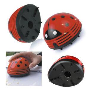Portable Cute Beetle Ladybug Cartoon Mini Desktop Vacuum Desk Dust Cleaner Table Vacuum Cleaner Keyboard Vacuum Cleaner pictures & photos
