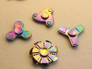Metal Rainbow Color Hand Anxiety Spinner High Speed EDC Fidget Toys for Relieving Adhd, Anxiety, Stress and Boredom pictures & photos