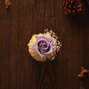 100% Natural Flower Handmade for Valentine′s Day Gift pictures & photos