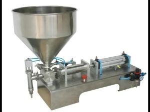 Liquid Semi Automatic Filling Machine Labeling Machine for Water Shampoo Oil pictures & photos