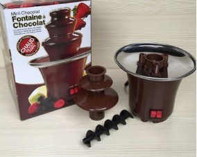 Electric Chocolate Fondue Fountain pictures & photos